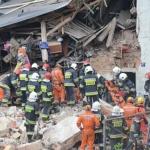 Szukają poszkodowanych i ofiar - zdjęcia
