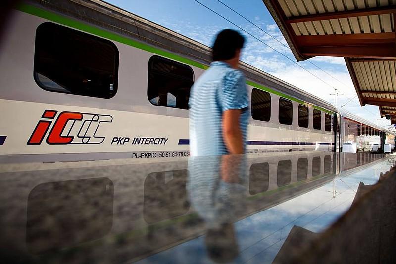 Udane półrocze PKP Intercity