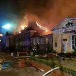 Pożar zniszczył cały obiekt - foto/video