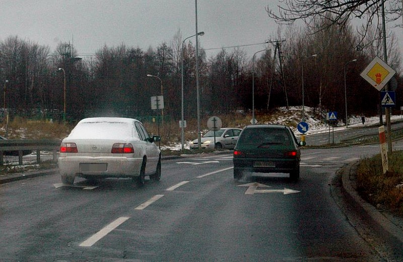 Przykład bezmyślnego kierowcy