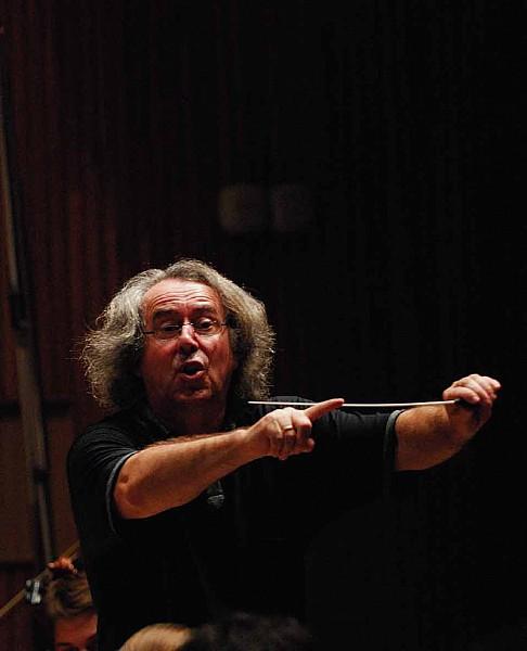 Pijarowski w Filharmonii Sudeckiej