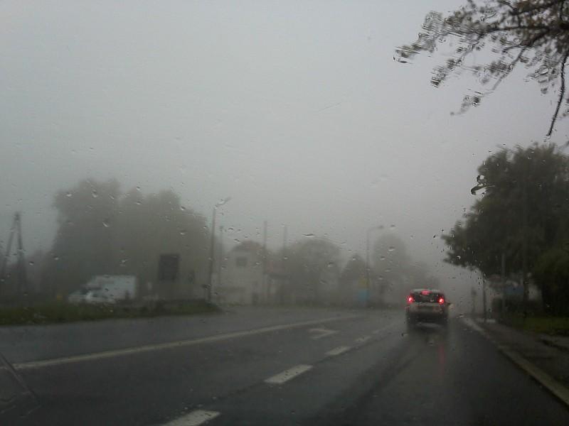 Mgła utrudnia jazdę