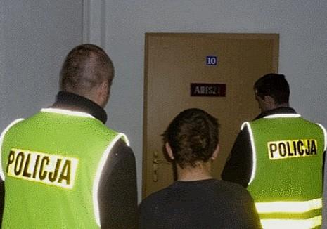 Nieletni zatrzymany za kradzieże i włamania