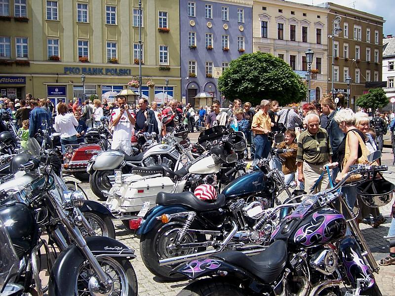 """Zlot Harley""""owców w Wałbrzychu"""