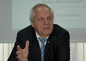 Chciałby pozbyć się Kaczyńskich