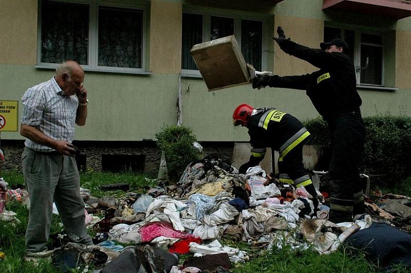 Ogień zniszczył doszczętnie mieszkanie