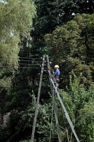 Wichury pozbawiły mieszkańców prądu
