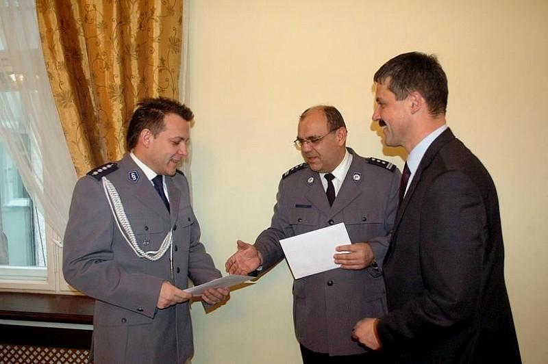 Nagrodzili najlepszych policjantów