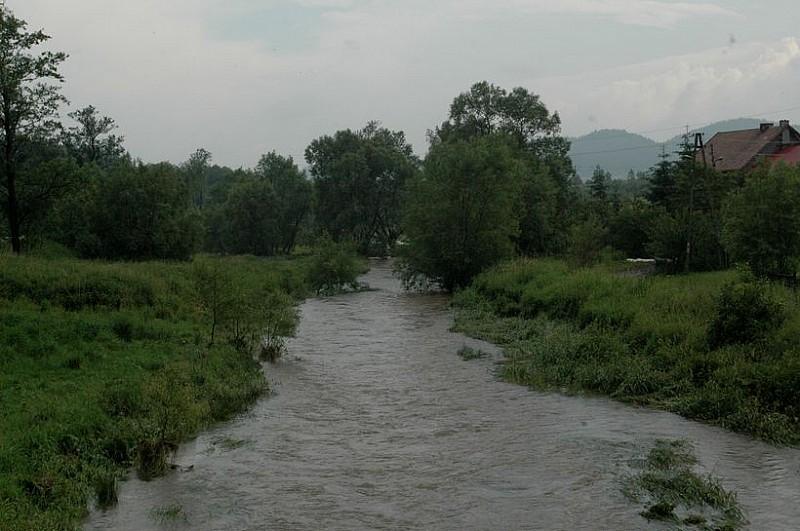 Kolejne alarmy powodziowe