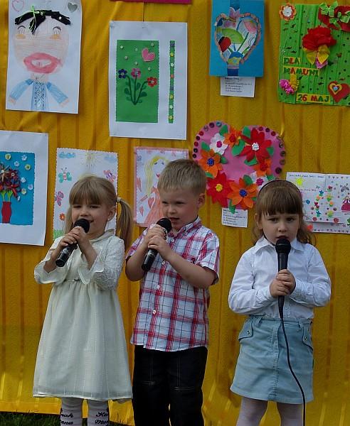 Zaśpiewali dla mam