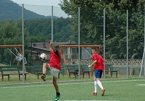 Turniej piłkarski i siatkarski