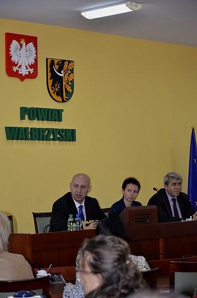 Powstanie LOT Ziemi Wałbrzyskiej