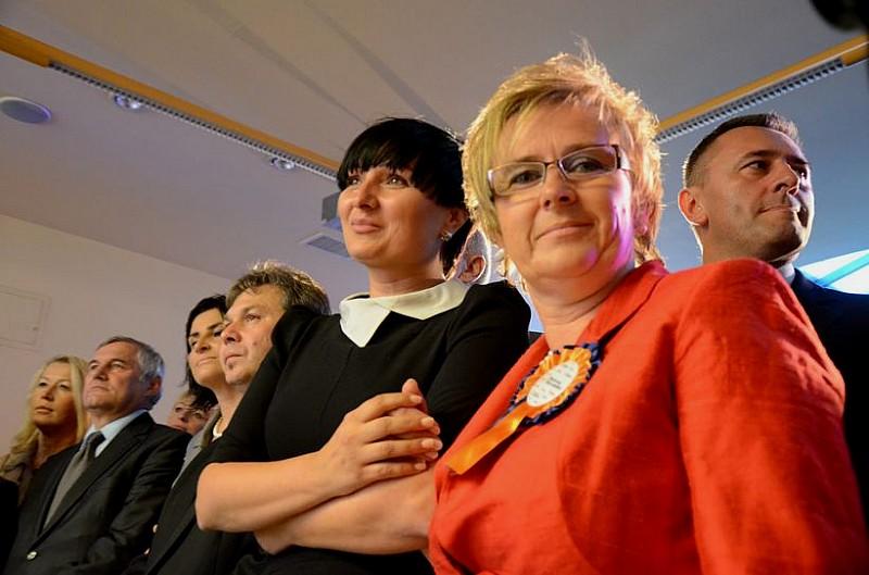 PO wygrywa w Wałbrzychu - reelekcje posłanek?