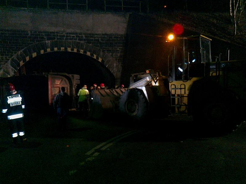 Wywrotka zablokowała tunel