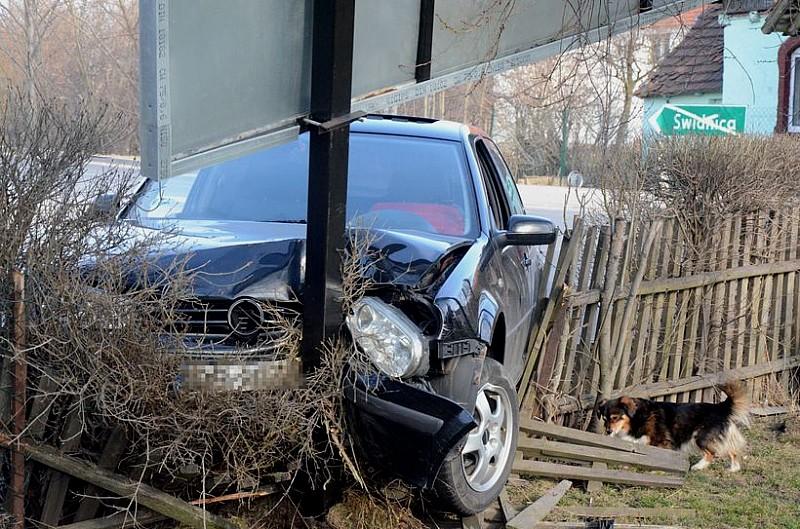 """Kierowca uciekał. Pasażer nie miał """"siły"""""""