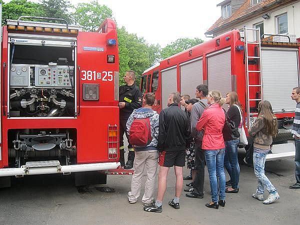 Odwiedzili strażaków