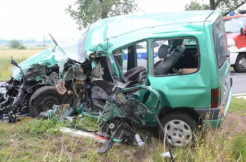 Tragedia na drodze do Wrocławia - zobacz zdjęcia i materiał video