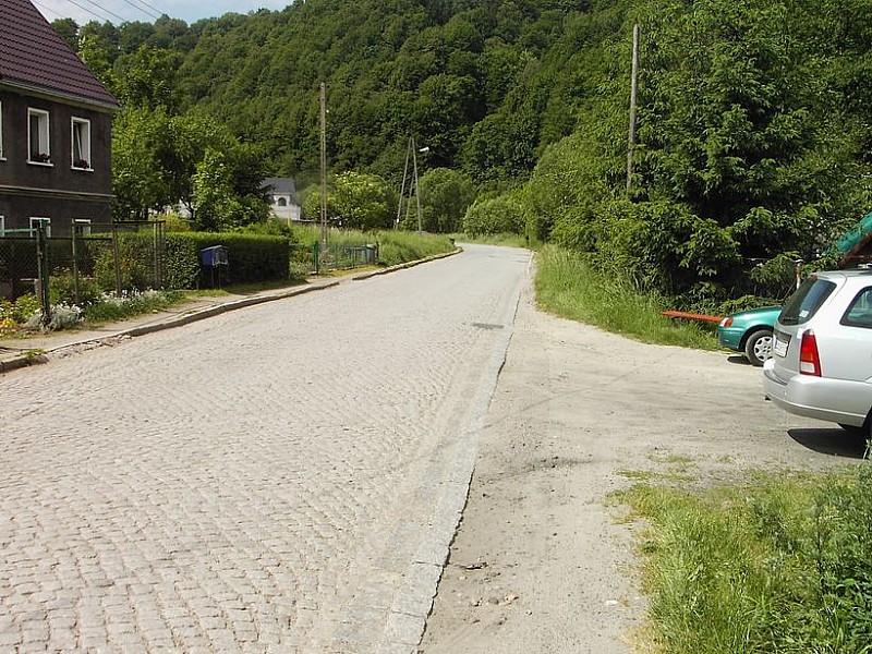 Remontują drogę w Jugowicach