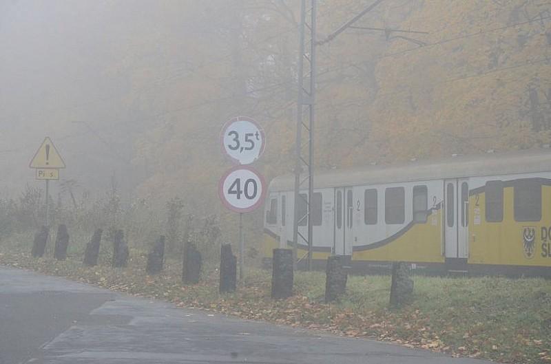 Mgła wciąż utrudnia jazdę