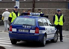 Chciał potrącić policjanta