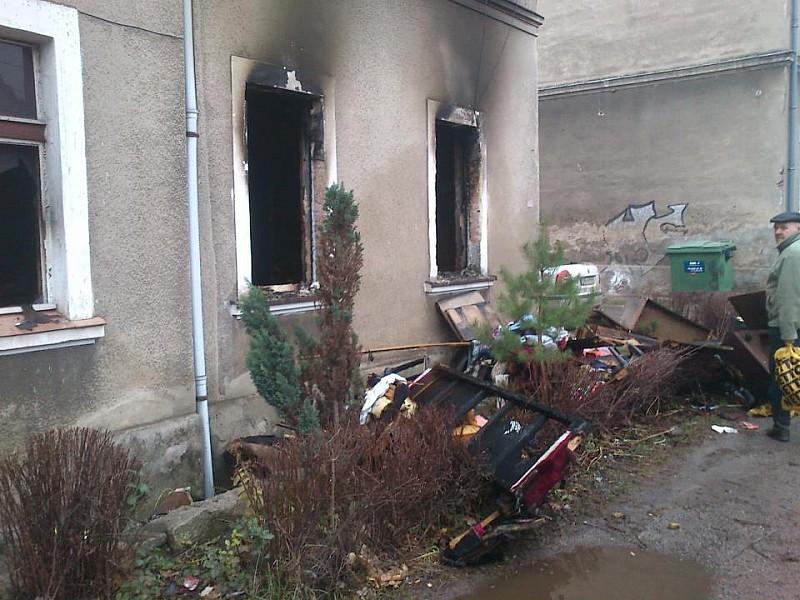 Spaliło się mieszkanie obok straży