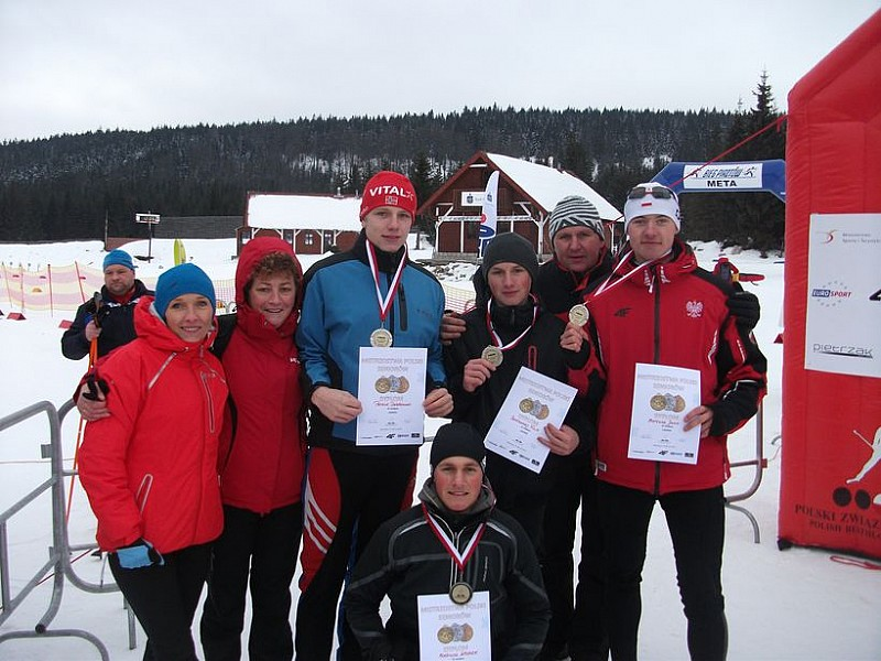 Świetny występ biathlonistów