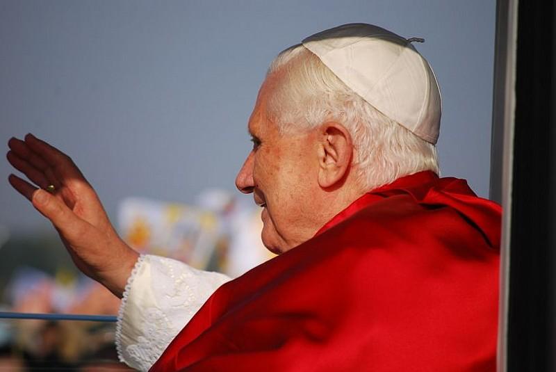 Będą wybierać następcę Benedykta XVI