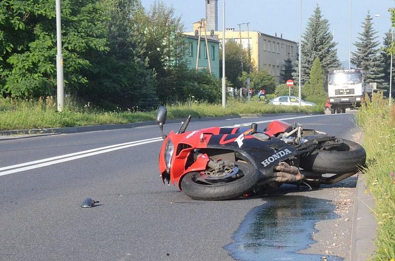 Kolejny wypadek z motocyklistą