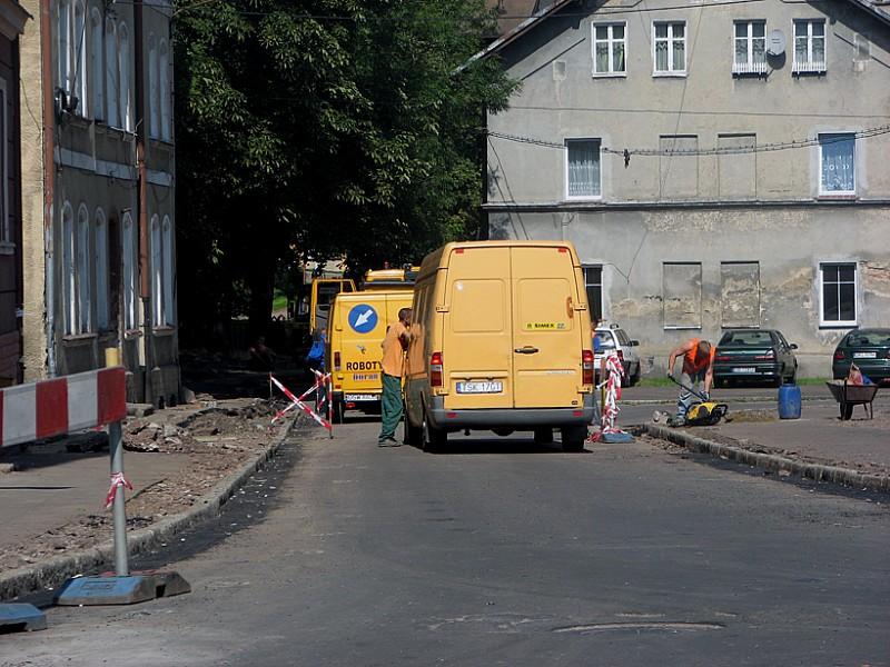 Remont drogi obok uczelni