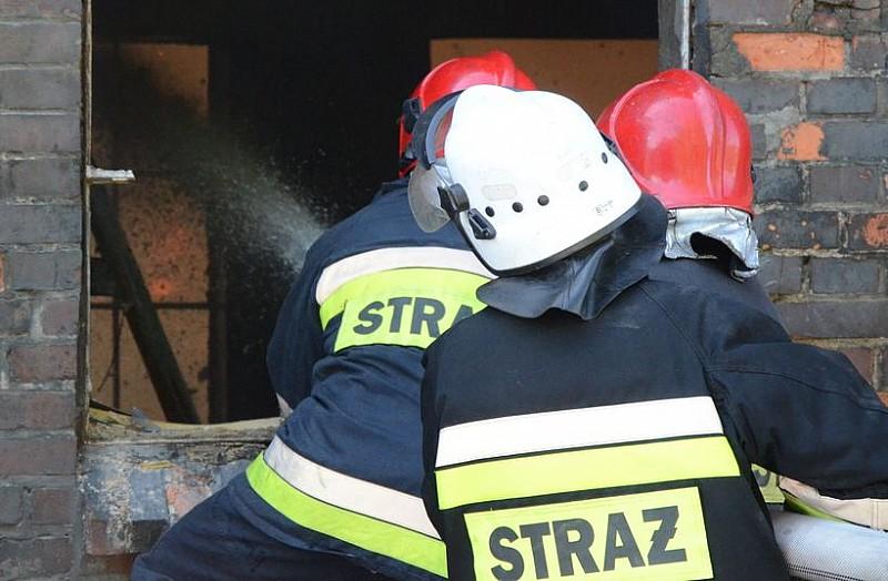 Pożar w zakładzie produkującym podpałkę