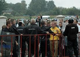 Pseudokibice w rękach policji