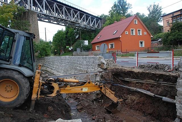 Trwa naprawa mostu