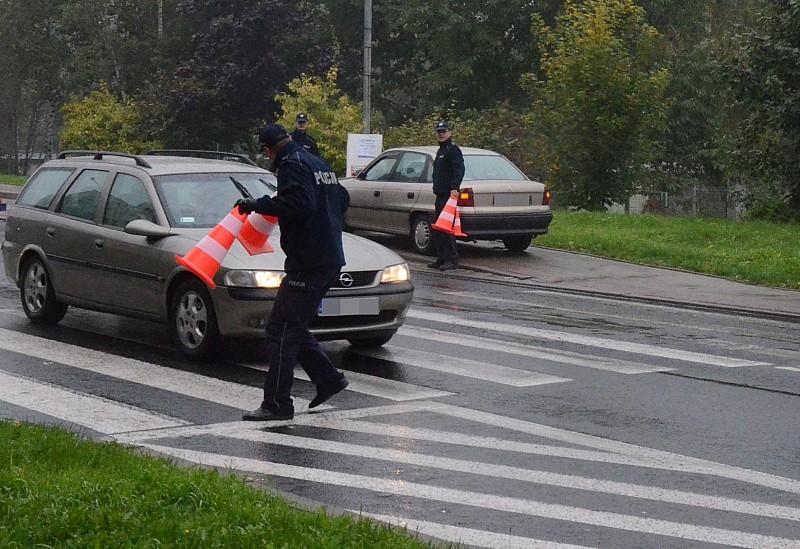Prawie przejechał policjanta