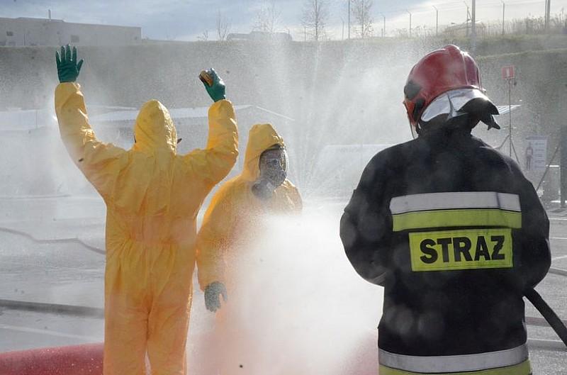 Pożar i wyciek amoniaku - foto/video
