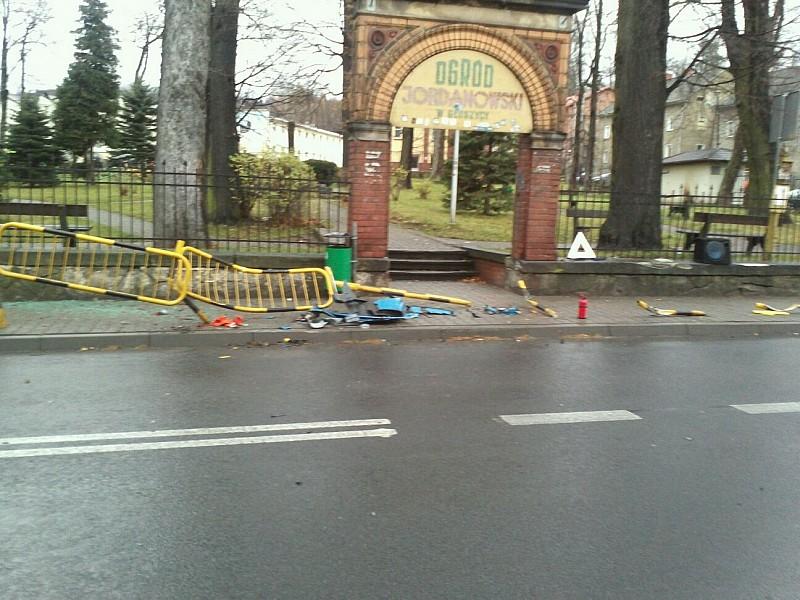Wypadek w centrum Głuszycy