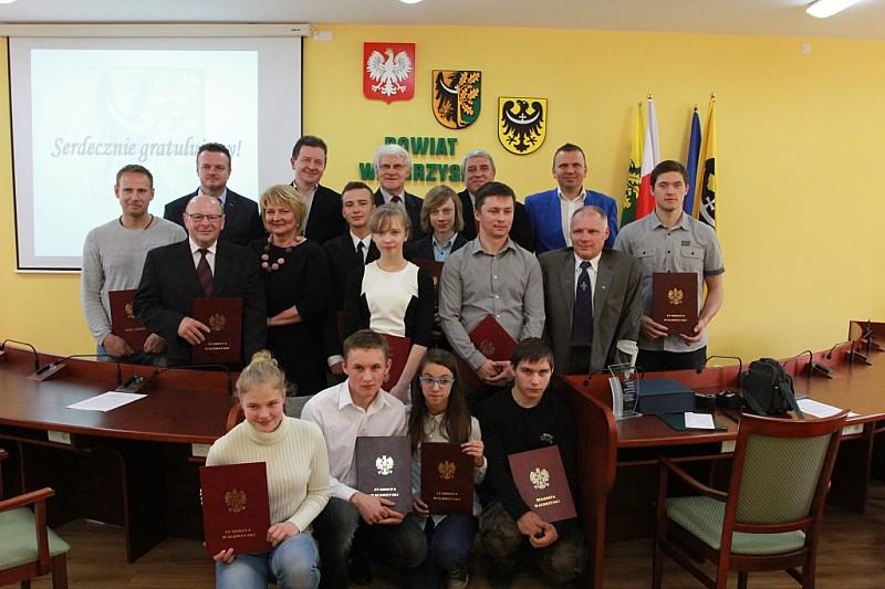 Powiat nagradza sportowców