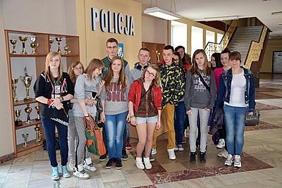 Młodzież w komendzie