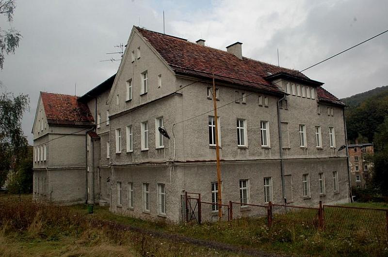 Kup budynek byłego CKU