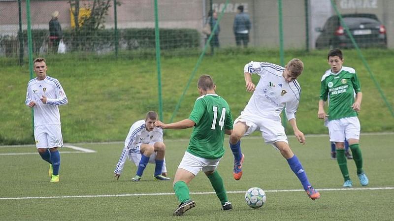 Z piłkarskich boisk