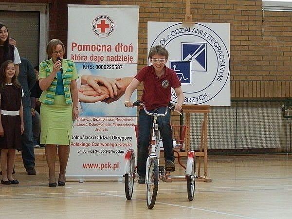Dostali trójkołowy rower
