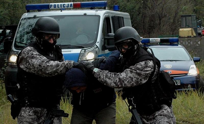 Odbili zakładników. Przejęli narkotyki