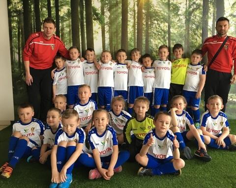 Wspierają młodych piłkarzy