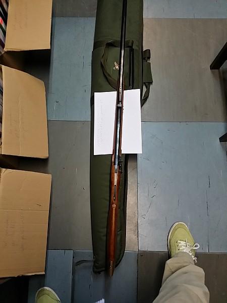 Maił broń i kilkaset tysięcy